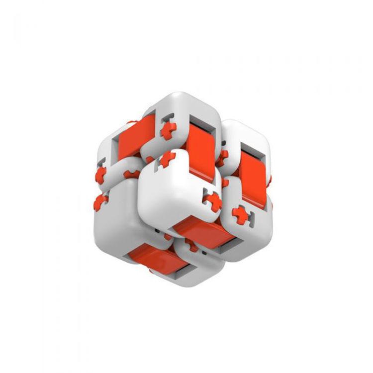 Mi Fidget Cube sklopljena bočna slika